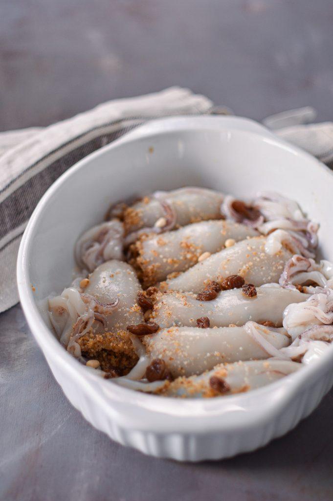 calamari-ripieni-uvetta-pinoli-malvasia