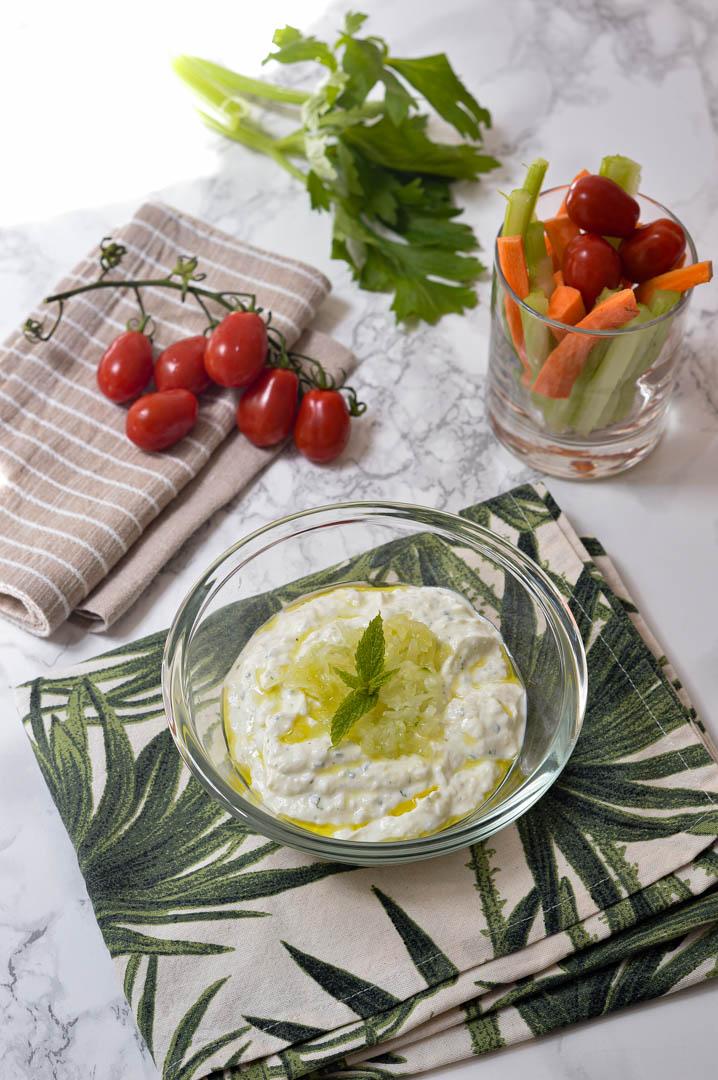 salsa-tzatziki