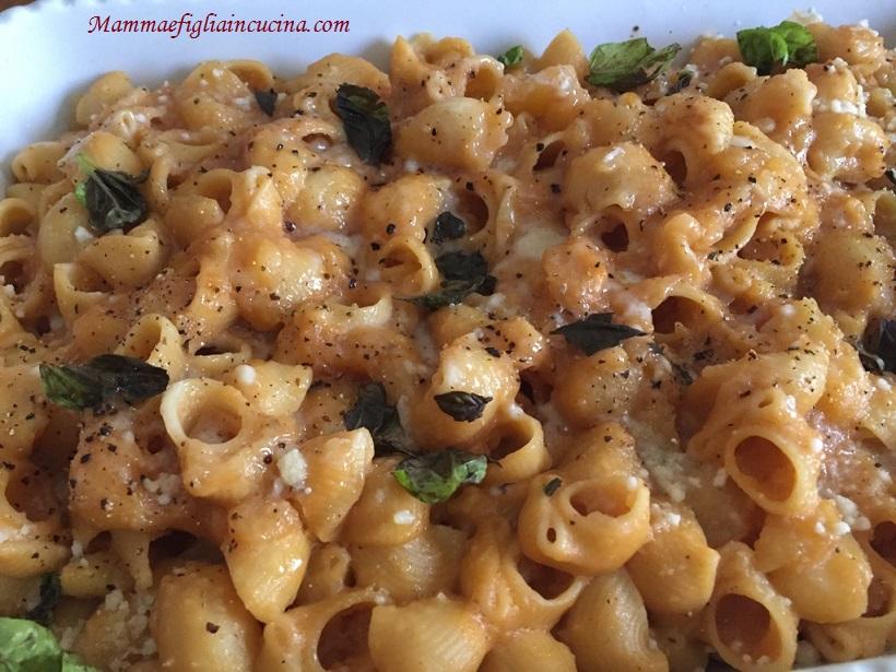 Pasta-e-patate-alla-siciliana