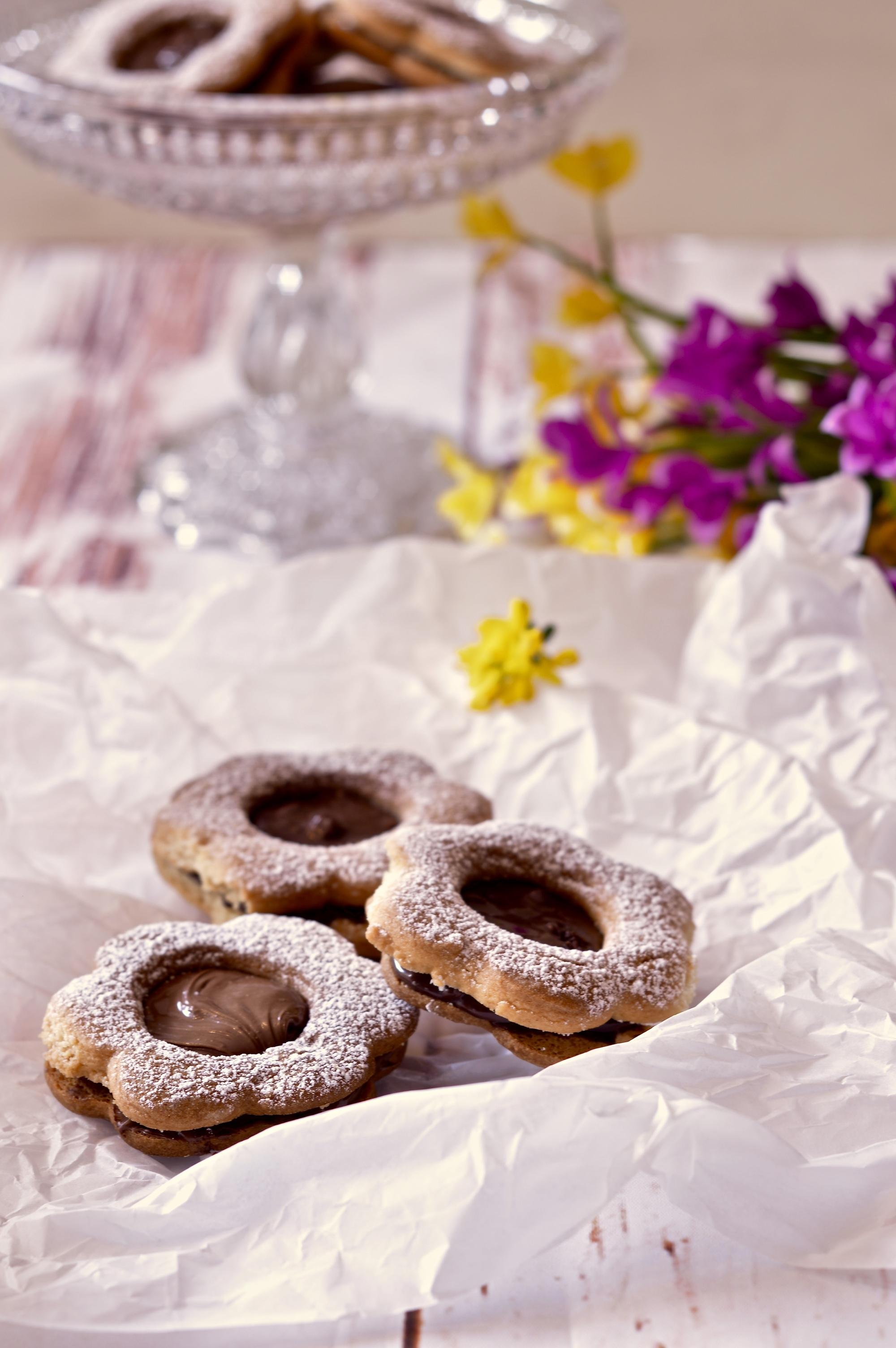 biscotti-da-the-con-crema-nocciole