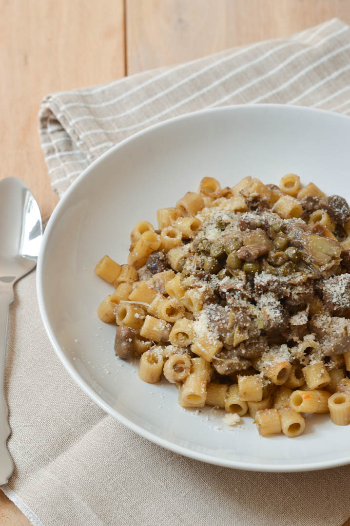 vignarola-frittedda-piselli-fave-carciofi-pasta