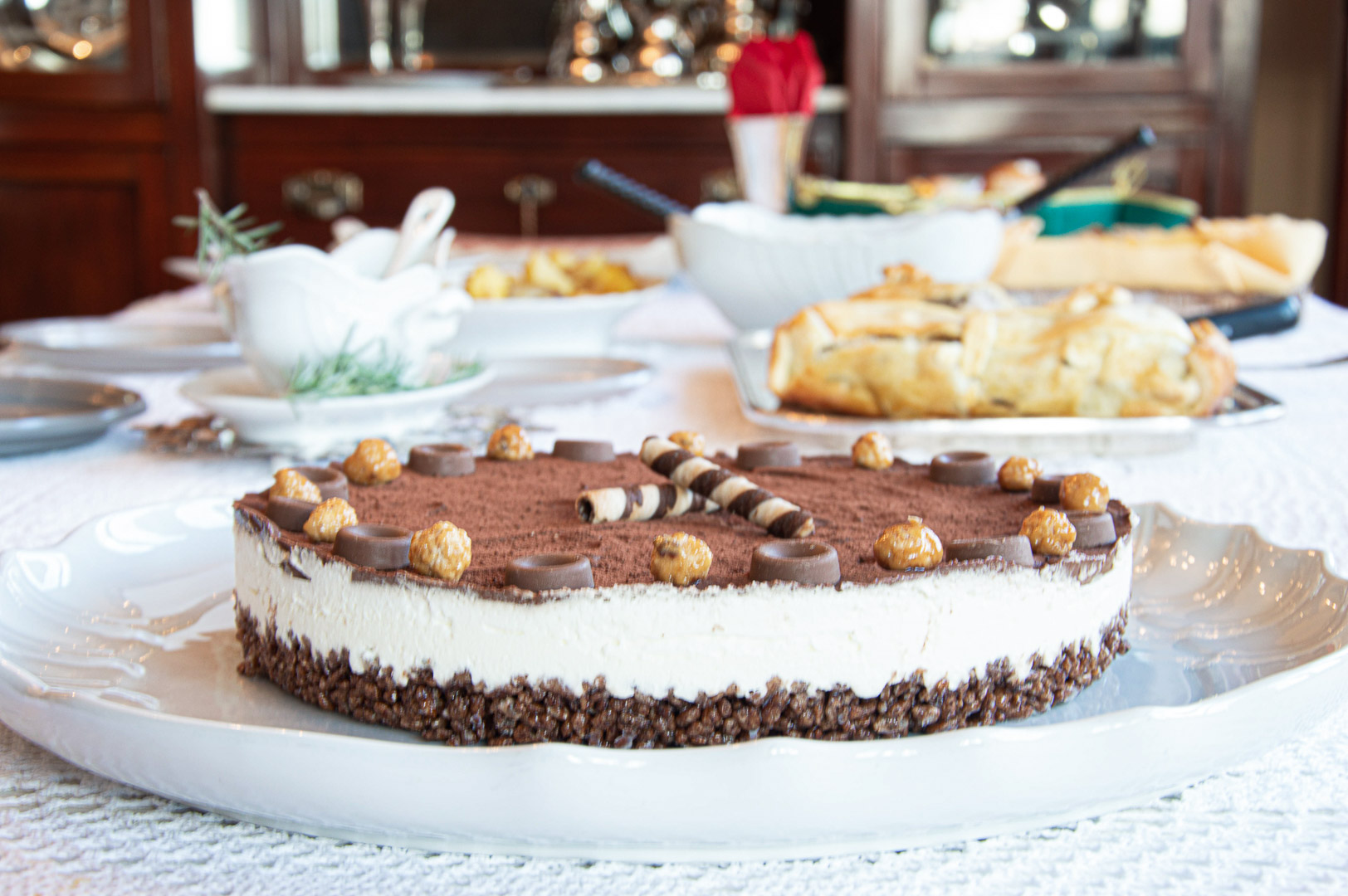 cheescake-con-riso-soffiato-e-ganache-al-cioccolato